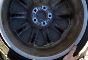 Aston Martin DB9 Dirty Inner Wheel Rim
