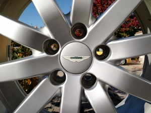 Aston Martin DB9 Road Wheel