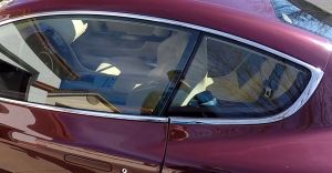 Aston Martin DB9 Door Glass