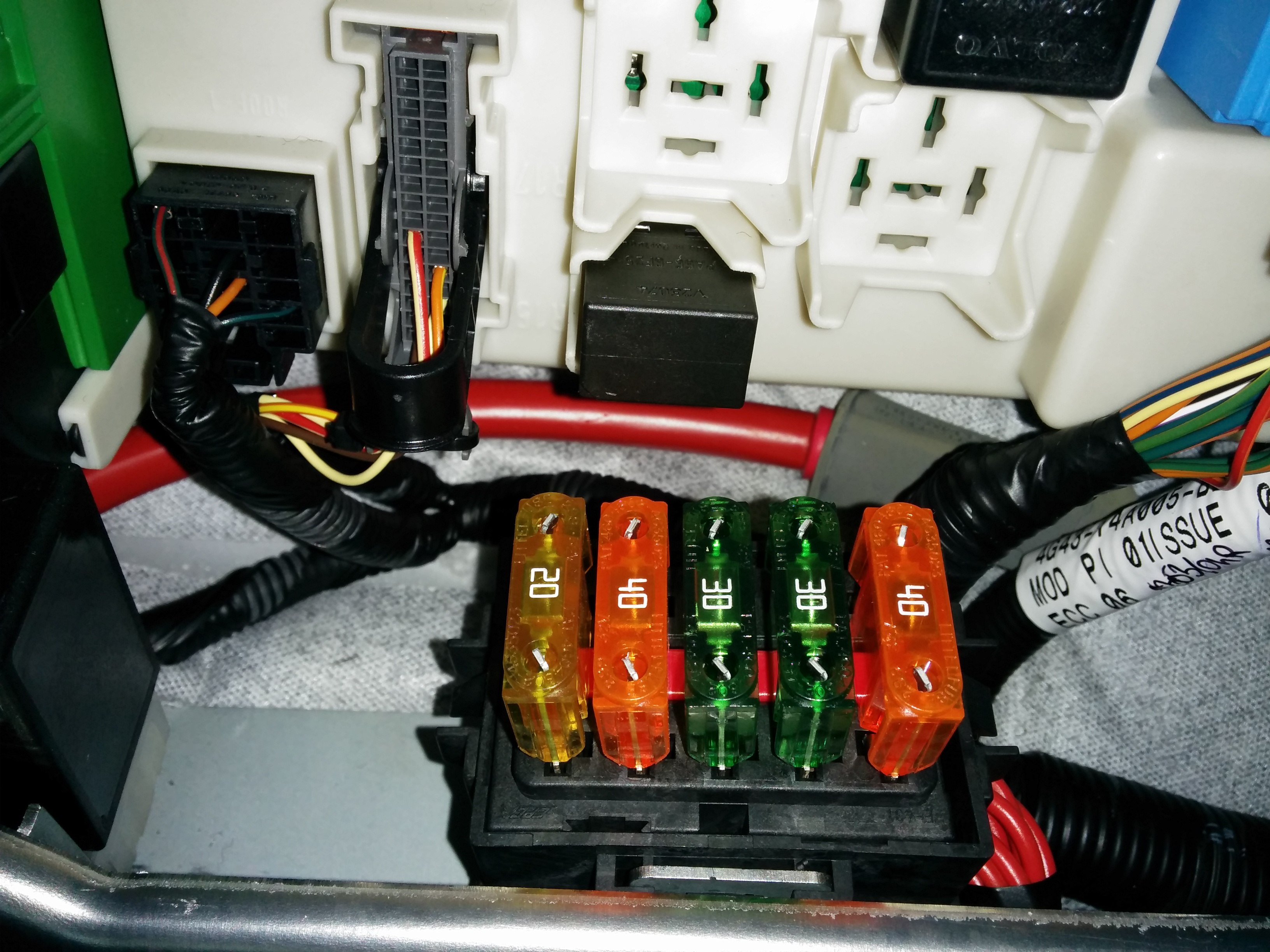 V8 Vantage Cabin Fuse Box Reinvent Your Wiring Diagram Aston Martin Accessing The On An Db9 1936 Rh Aston1936 Com 2018