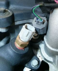 disconnected-temperature-sensor-on-an-aston-martin-db9