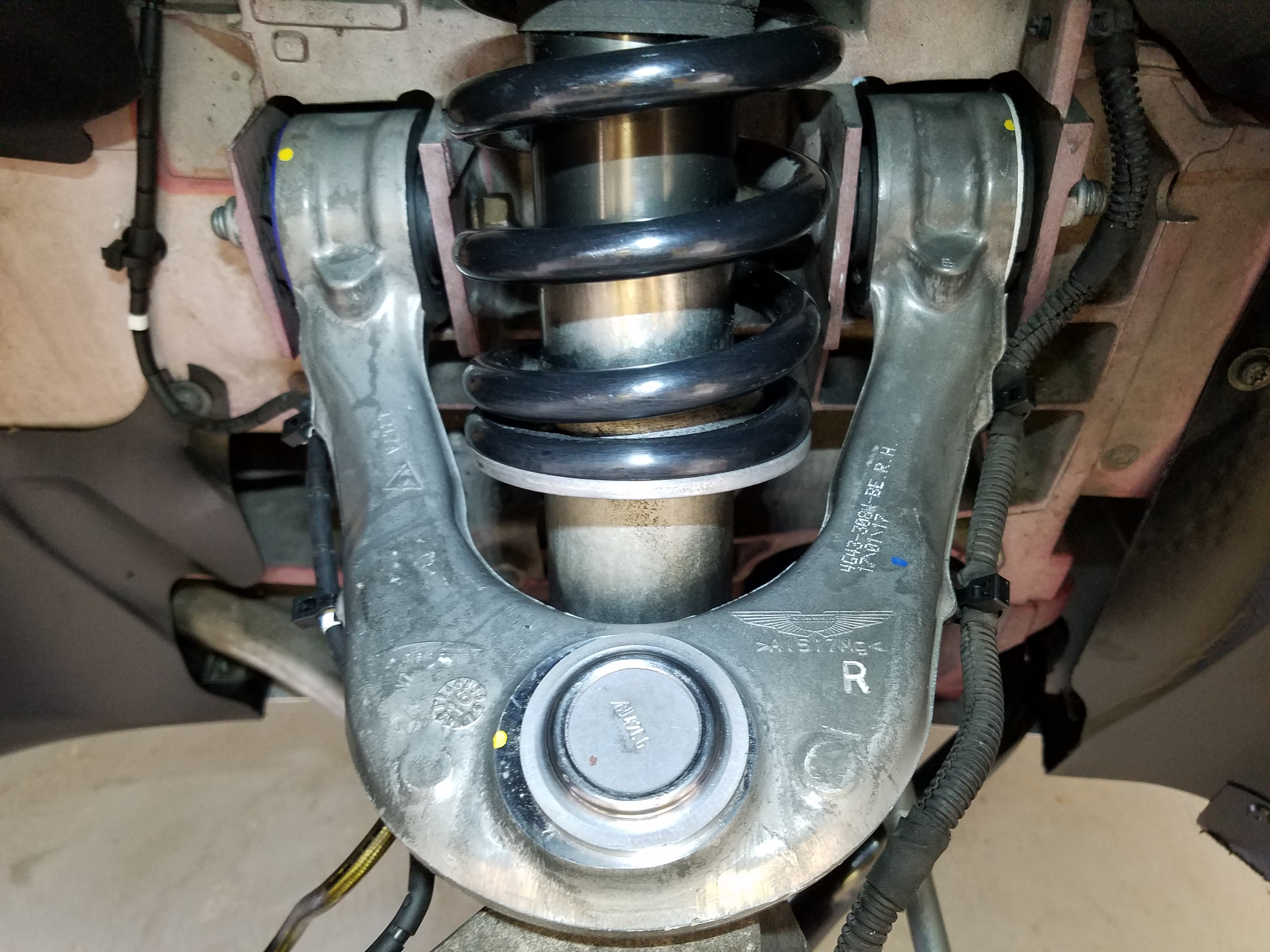 Seriestm Front Driver Side Lower Control Arm And Ball Joint Assembly